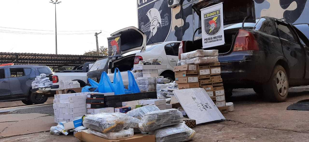 Produtos apreendidos foram levados para o pátio da Receita Federal (Foto: Divulgação)