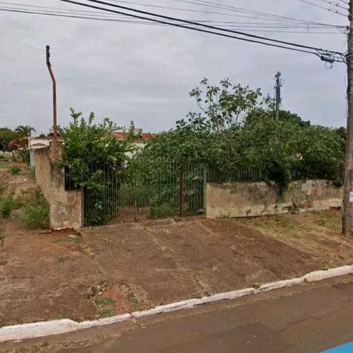 Terreno baldio na Rua Sol Nascente (Foto: Reprodução/Google Maps)