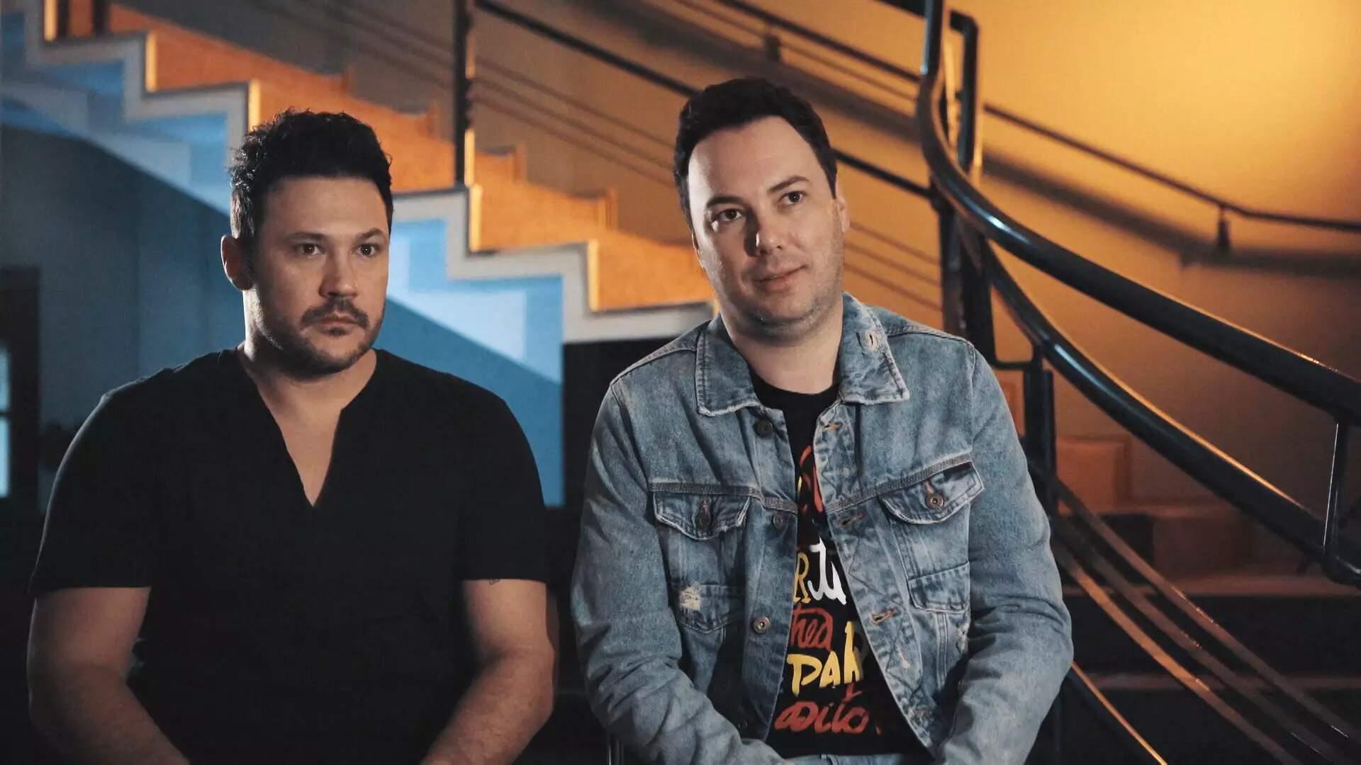 A dupla João Bosco (à direita) e Vinicíus foi a pioneira no sertanejo universitário revela o documentário. (Foto: Reprodução/Documentário)