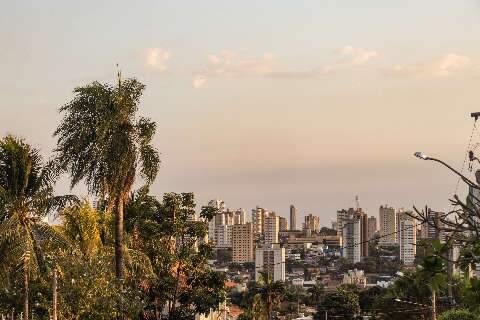 Inmet emite alerta de tempestade para Campo Grande e outras 51 cidades