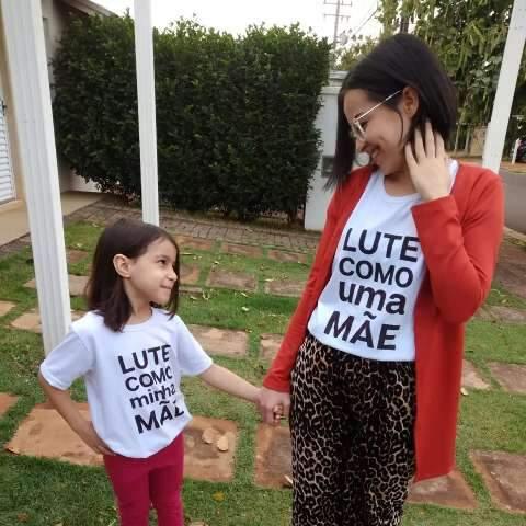 """Cansada de ser """"mãezinha"""", Katucha cria marca para vestir mães fortes"""