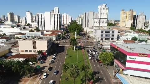 """Covid mudou os planos, mas """"cidade não parou"""", diz Marquinhos"""
