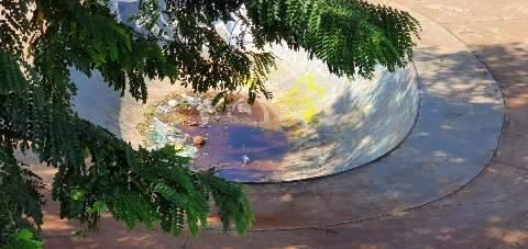 Pista de skate da Orla Morena acumula sujeira e água, mesmo sem chuva