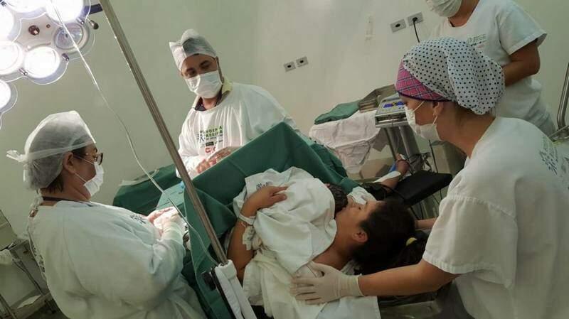 Parto no Hospital Regional Dr. José de Simone Neto. (Foto: Divulgação)