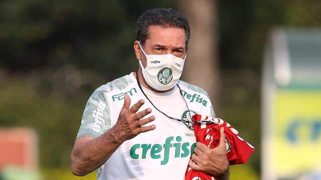 SBT consegue acordo com Conmebol para transmitir Libertadores