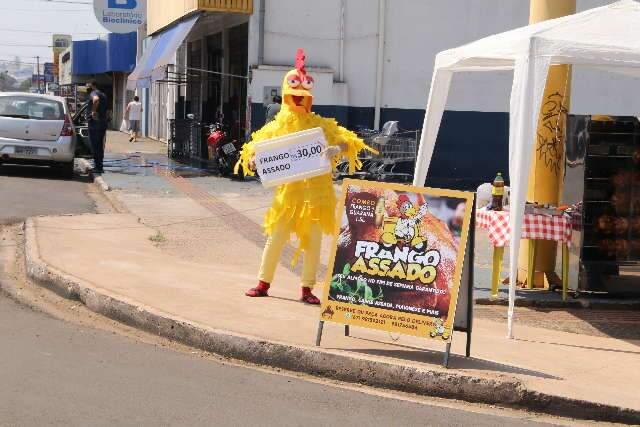 """Se você está com calor, pense no """"frango"""" da Avenida Bandeirantes"""