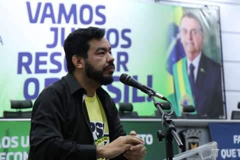 Deputado punido por senadora diz que tem apoio do PSL nacional