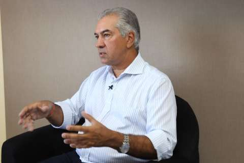 Reinaldo e ministro discutem liberação de recursos para combater queimadas