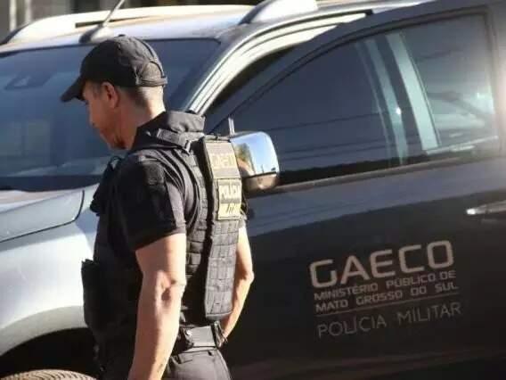 Agente do Gaeco durante uma das operações em Campo Grande (Foto: Marco Ermínio/Arquivo)