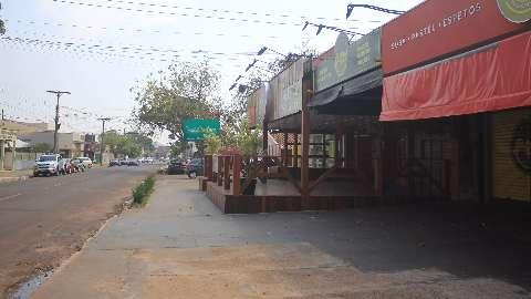 Prefeitura assina contratos para asfaltar três bairros da Capital