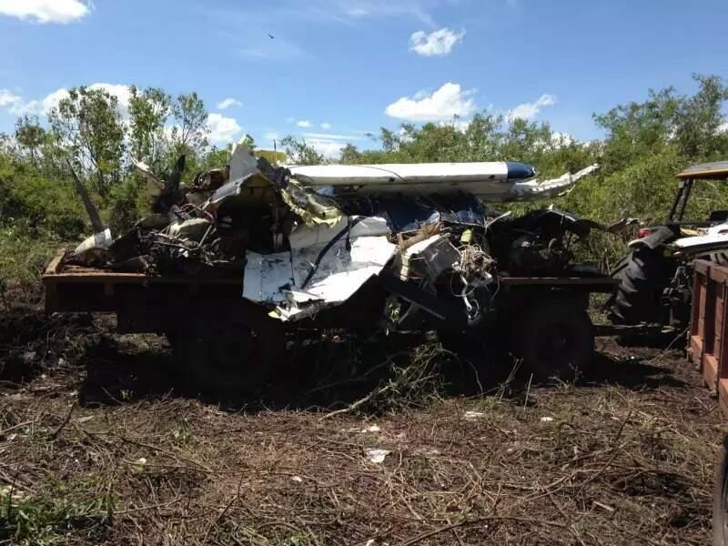 Destroços do avião que caiu em Miranda (Foto: Divulgação/Arquivo)