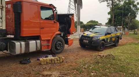 Cocaína avaliada em R$ 5,7 milhões é apreendida em carreta abordada na BR-262