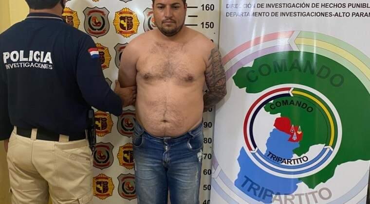 """Fabiano Signori, o """"Toro"""", é apresentado à imprensa pela polícia paraguaia (Foto: Divulgação)"""