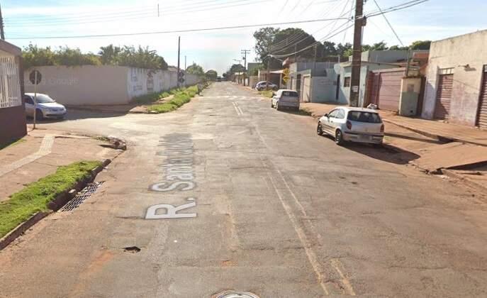 Vítima foi abordada por dupla armada na Rua Santa Quitéria. (Foto: Google Street View)