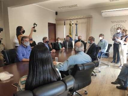 Após contato com governador, Tereza Cristina faz quarto teste para covid