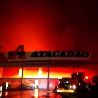 Vídeos chocantes de incêndio no Atacadão lideraram visualizações