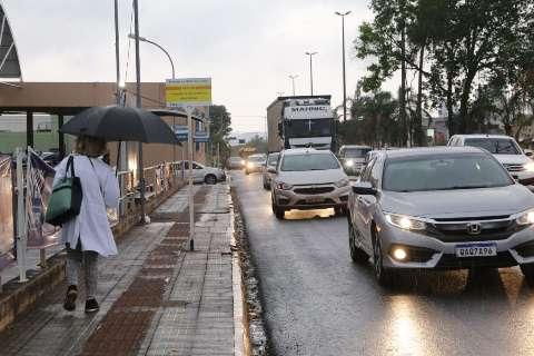 Chuva atinge todas as regiões de Campo Grande e traz alívio depois de 31 dias