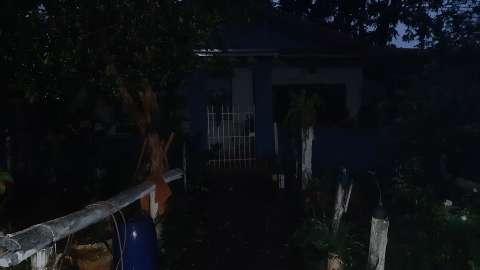 Fiação rompe na avenida Três Barras e deixa moradores sem energia elétrica
