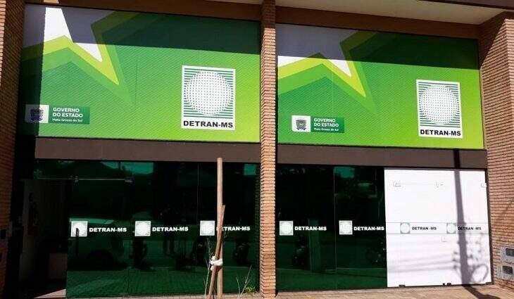 Agência do Detran na Marcelino Pires está fechada até quarta-feira (Foto: Divulgação)