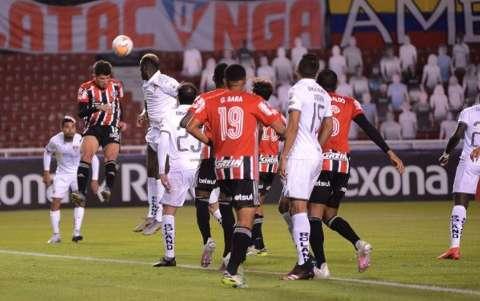 São Paulo perde para a LDU e classificação na Libertadores se torna improvável