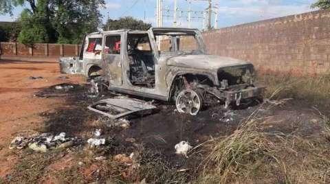 Carros de luxo podem ter sido incendiados para apagar evidências de crimes