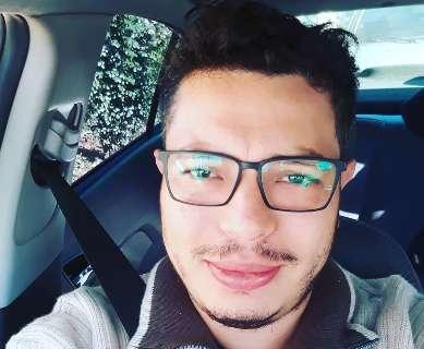 Família busca informações sobre cabeleireiro que está desaparecido desde ontem
