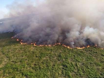 Incêndios no Pantanal continuam e equipes de combate são reposicionadas