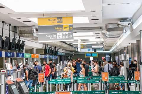 Governo autoriza desembarque de estrangeiros em aeroportos e MS