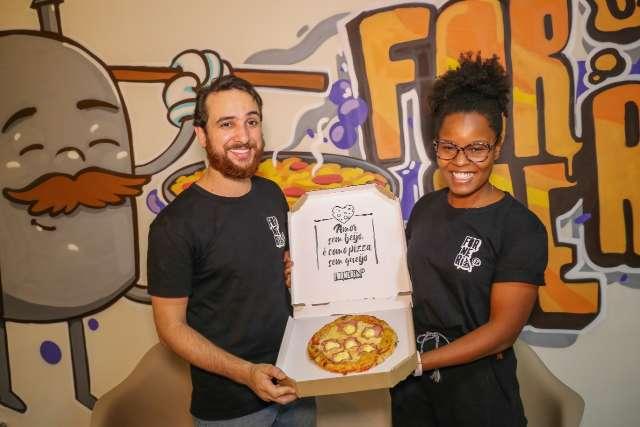 """Sociedade em pizzaria após 1 ano juntos é bem mais que """"casamento"""""""