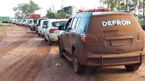 Comboio liderado por policial transportava R$ 1 milhão em contrabando