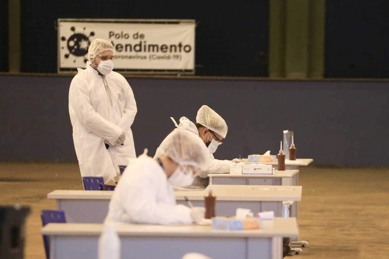 Polo de atendimento a pacientes com suspeita de covid em Campo Grande. (Foto: Marcos Maluf)