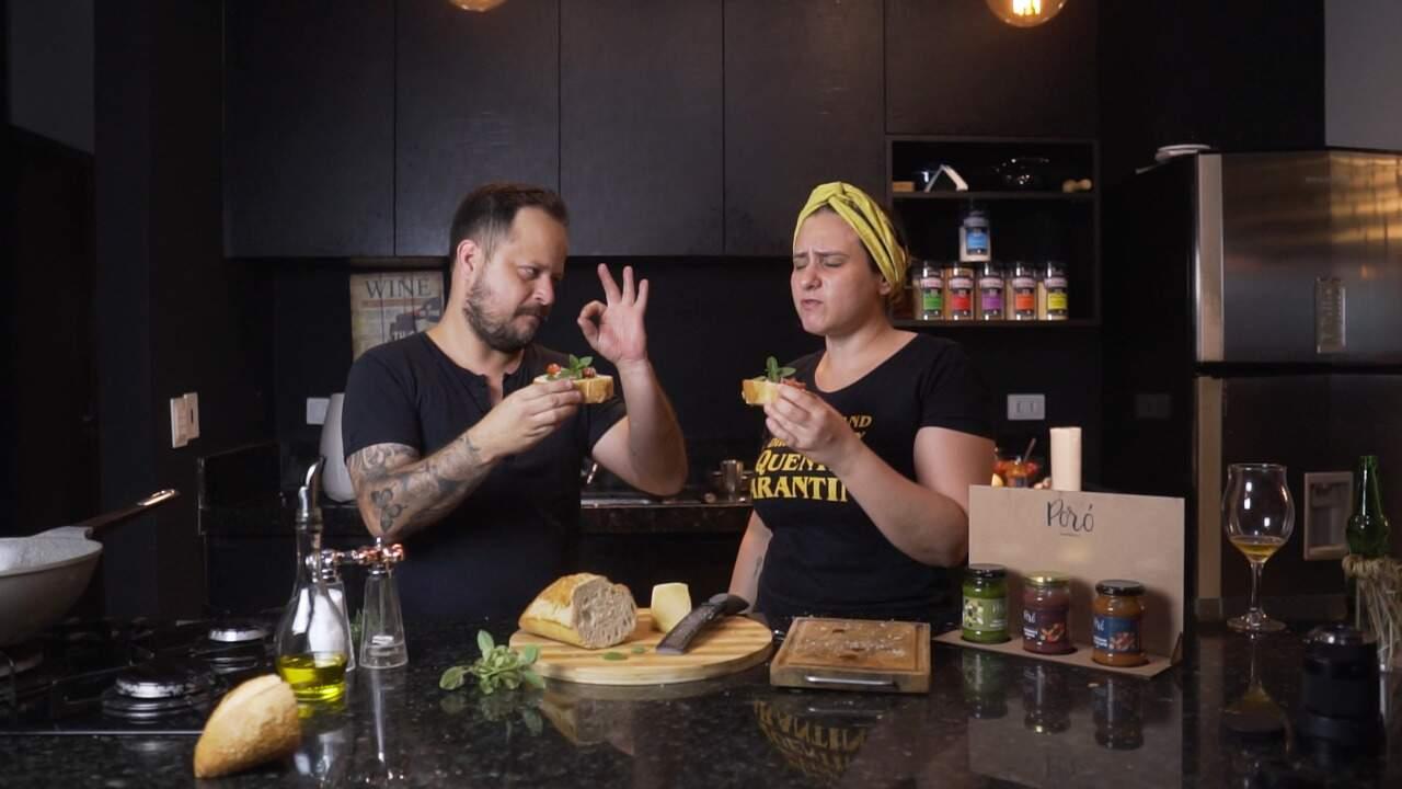 Bruno Xavier junto à sua sócia Michelle Rosalino experimentam uma brusqueta (Foto: Arquivo Pessoal)