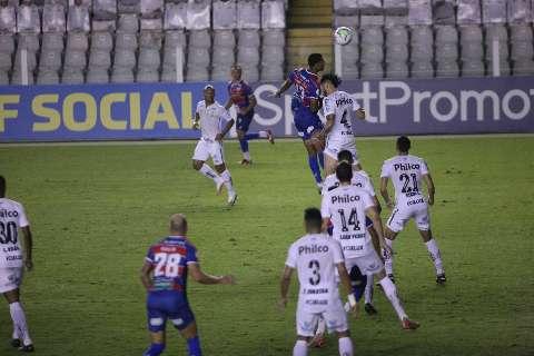 Santos e Fortaleza empatam e caem na tabela de classificação do Brasileirão
