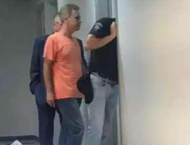 Delegado preso pelo furto de cocaína pega 21 anos por estupro