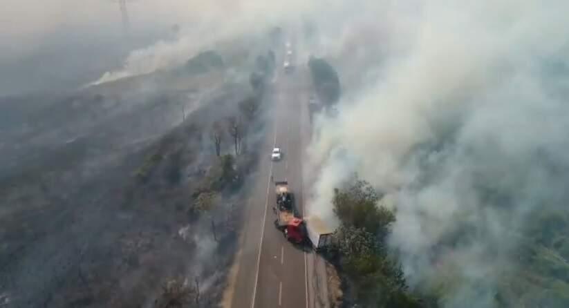 Fumaças de queimadas tomam conta de margens de rodovia (Foto: Divulgação)