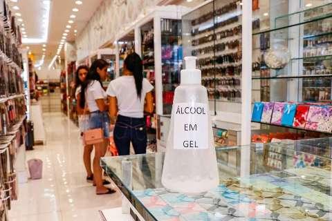 Segue para sanção projeto que exige álcool em gel no comércio e hospitais