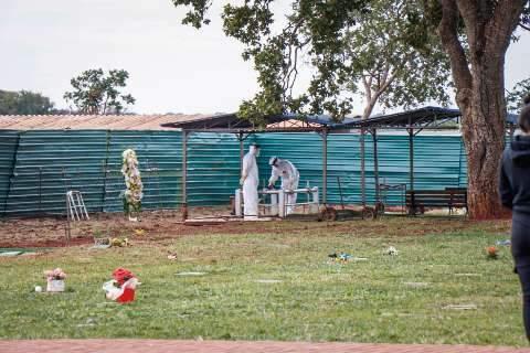 Saúde: País registra 317 mortes por covid-19 em 24h, total chega a 142.058
