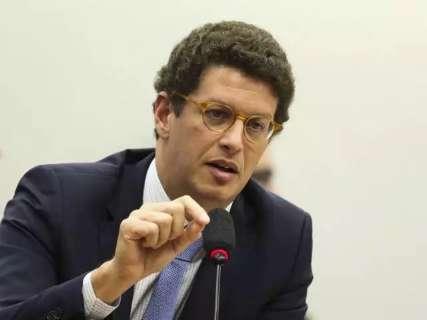 Ministro Ricardo Salles virá a Corumbá para discutir queimadas no Pantanal
