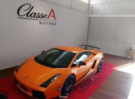 Dono de garagem de luxo fica preso e suposto laranja de clã ganha liberdade