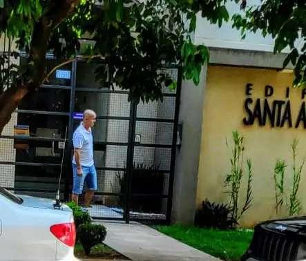 Após 5 horas, Gaeco deixa casa de ex-jogador de futebol, alvo de operação