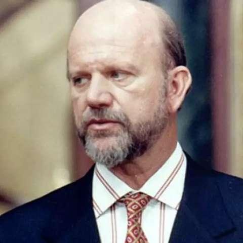 """Assasino de """"A Próxima Vítima"""", ator Cecil Thiré morre aos 77 anos"""