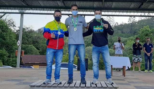 Atletas da canoagem de MS conquistam quatro medalhas em competição no RS
