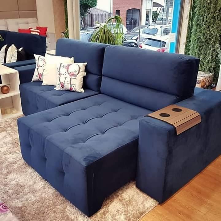 Loja tem sofás sob medida em diferentes cores e tecidos, Sofá Madri. (Foto: Divulgação)