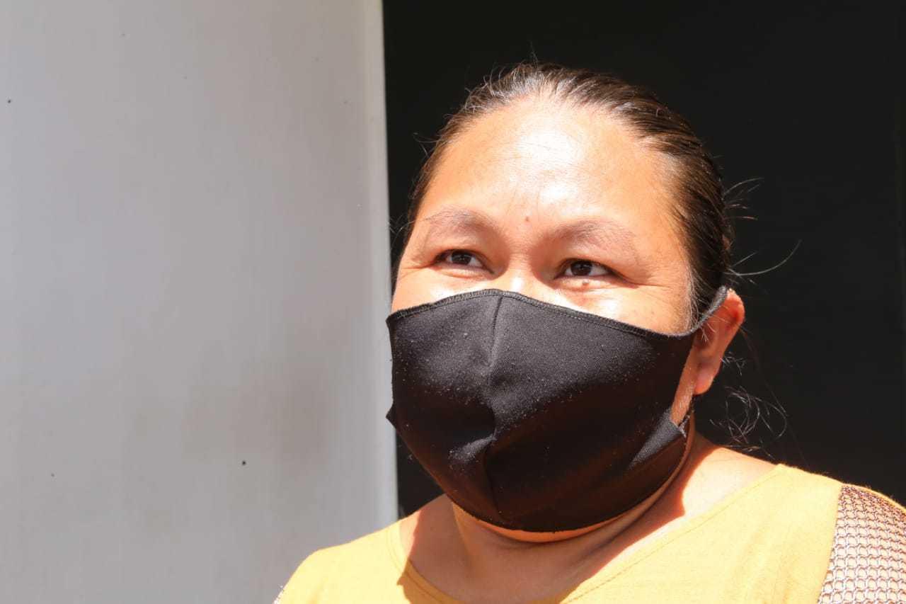 Desempregada, Janilda foi à Caixa pegar parcela do FGTS. (Foto: Kísie Ainoã)