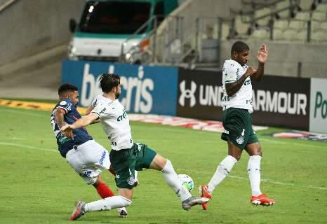 Fortaleza vence em seu aniversário e Palmeiras sofre a 4ª derrota seguida