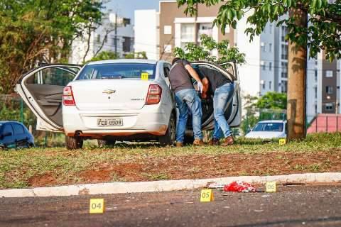 Polícia encontra garrafa de vodca em carro de advogado que matou PM no trânsito