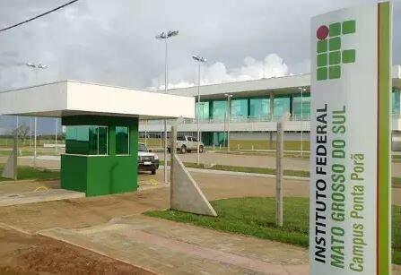 Campus do IFMS em Ponta Porã é uma das unidades onde estão sendo oferecidas vagas. (Foto: Divulgação)