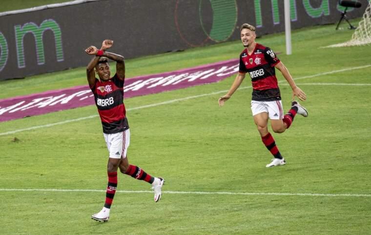 Comemoração dos jogadores durante a partida desta quarta-feira(21). (Foto: Marcelo Cortes / Flamengo)