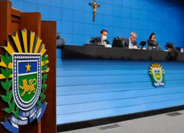 Assembleia caminha para reeleger Paulo Corrêa presidente