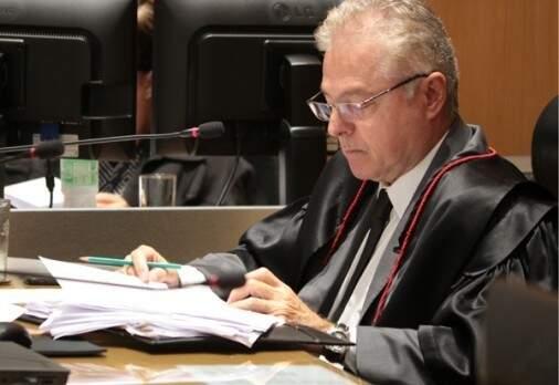 Desembargador Marco André Nogueira Hanson, relator do processo, durante julgamento (Foto: TJMS/Divulgação)
